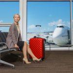 電子機器の電池やモバイルバッテリーは飛行機の機内に持ち込めるの?持ち込めないの?それとも預けるの?